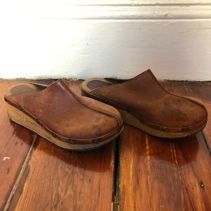 ✨📚Brown Leather & Wood Clogs/Mules VINTAGE📖✨